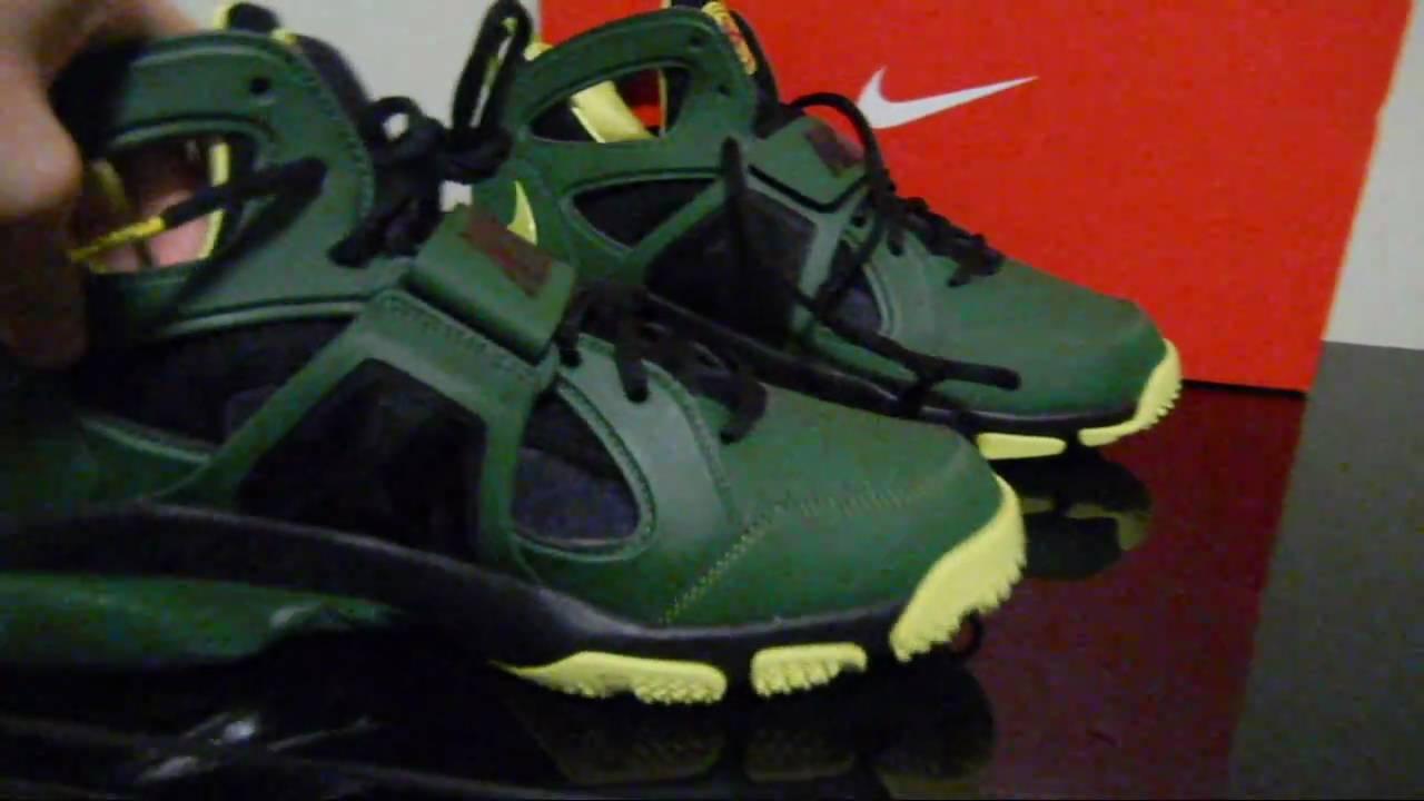 Nike Air Huarache Green Lantern