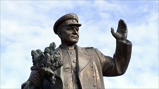 В Чехии решают судьбу памятника маршалу Коневу, который освобождал Прагу от фашистов.