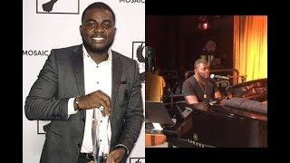 Nigerian Singer  Kelly Handsome Receives Music Award in US