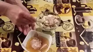 Салат: из печени трески.