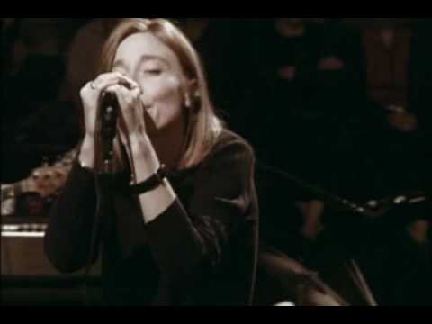 Portishead - Seven Months (PNYC) - YouTube