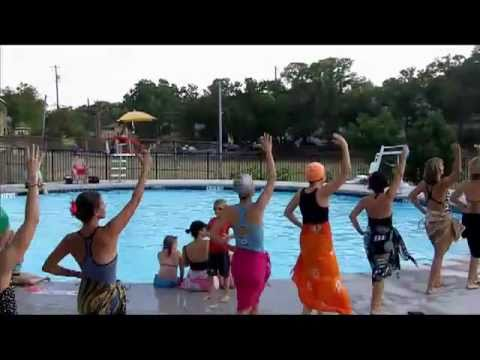 Synchronized Swimming: Magnificent Moms Of West Austin Park