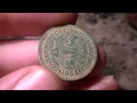 Metal Detecting December 19th 2012 - LIVE DIGS! 5 Silvers + Old Coin from Cyprus!