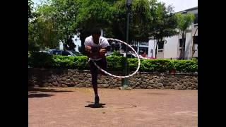 Why more men should Hula Hoop