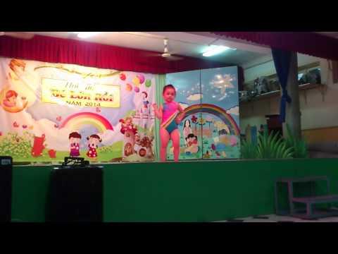 Thể dục nhịp điệu: gà trống thổi kèn, bé Bảo Trân, lớp A5, năm học 2013-2014 Nhà thiếu nhi Đồng Nai