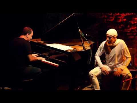 ADRIAN IAIES & El Colegiales Quartet - Monk's mood (Thelonious Monk). Duo, piano y cajòn.