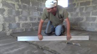 видео Как сделать стяжку пола в квартире своими руками: основные нюансы