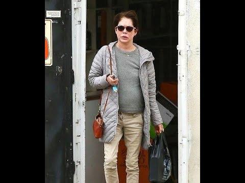 Lara Flynn Boyle showcases her youthful complexion in LA