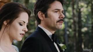 Video 'Twilight' Cast Talks Momentous 'Breaking Dawn' Moment - Movie Talk - Yahoo! Movies.flv download MP3, 3GP, MP4, WEBM, AVI, FLV Juli 2017