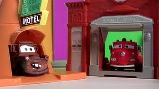 "Radiator Springs World Playset NEW Cars 2 2013 Disney Pixar Radiator Springs Classic Toys""R""US toys"