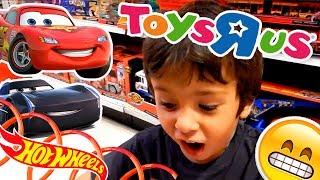 Visita a TOYSRUS con Disney Cars 3 y HOTWHEELS