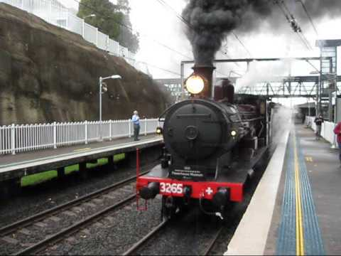 steam loco 3265 hunter leaving wollongong after cockatoo run youtube