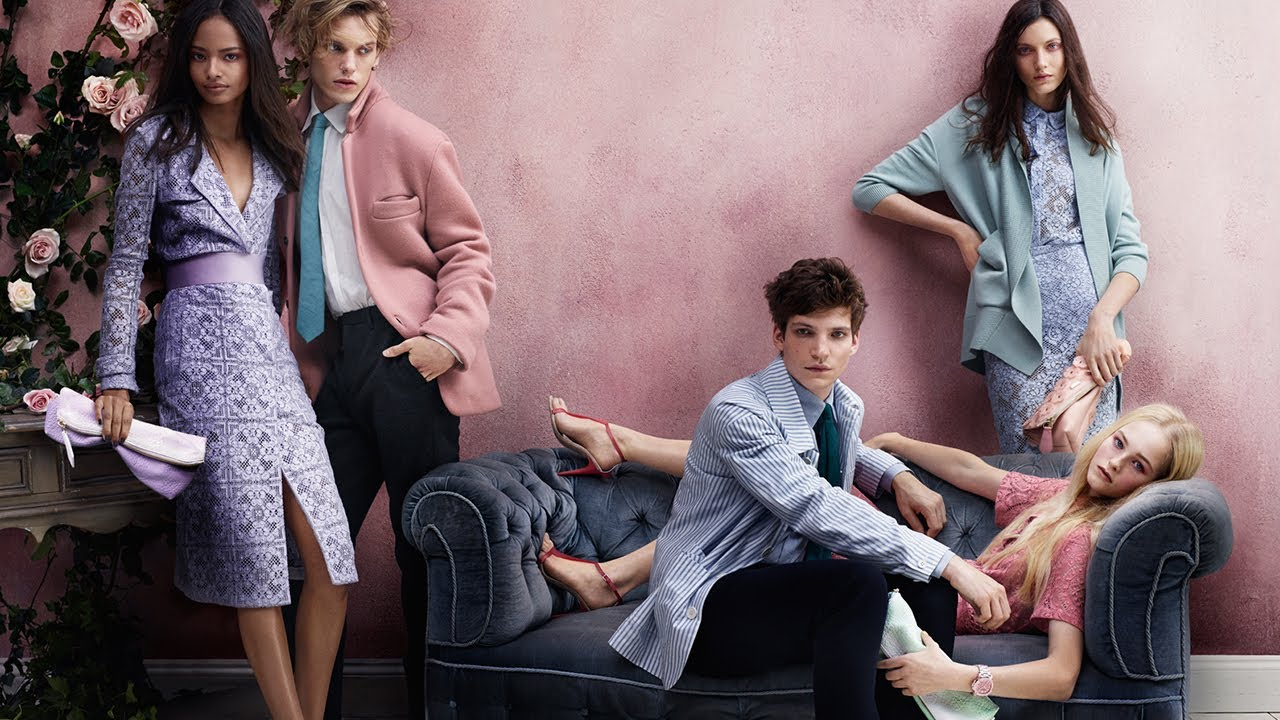 c7674b7f18c9 Artists   Roses - The Burberry Prorsum Spring Summer 2014 Campaign - YouTube