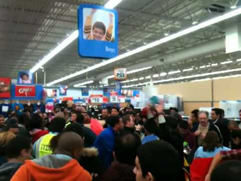 Walmart - Porter Ranch, CA - Black Friday Video Game Carnage