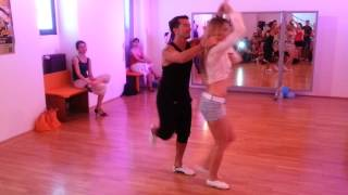 Oliver Pineda & Kate Gutnichenko - Salsa Partnerwork on 2 @ Mi Manera dance studio - Vienna -