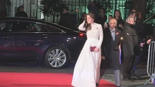 Kate walks red carpet at London movie premiere