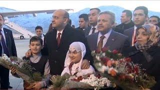 Турки-месхетинцы бросают дома в Донбассе и уезжают в Турцию