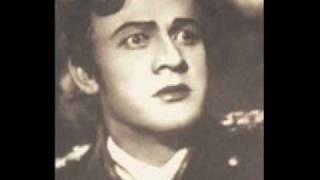 "видео: Sergej Lemesev ""Bednij pevec"" (Poor singer)"