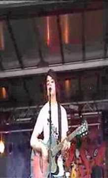 Get Cape Wear Cape Fly - I Spy (live at TMF 2005)