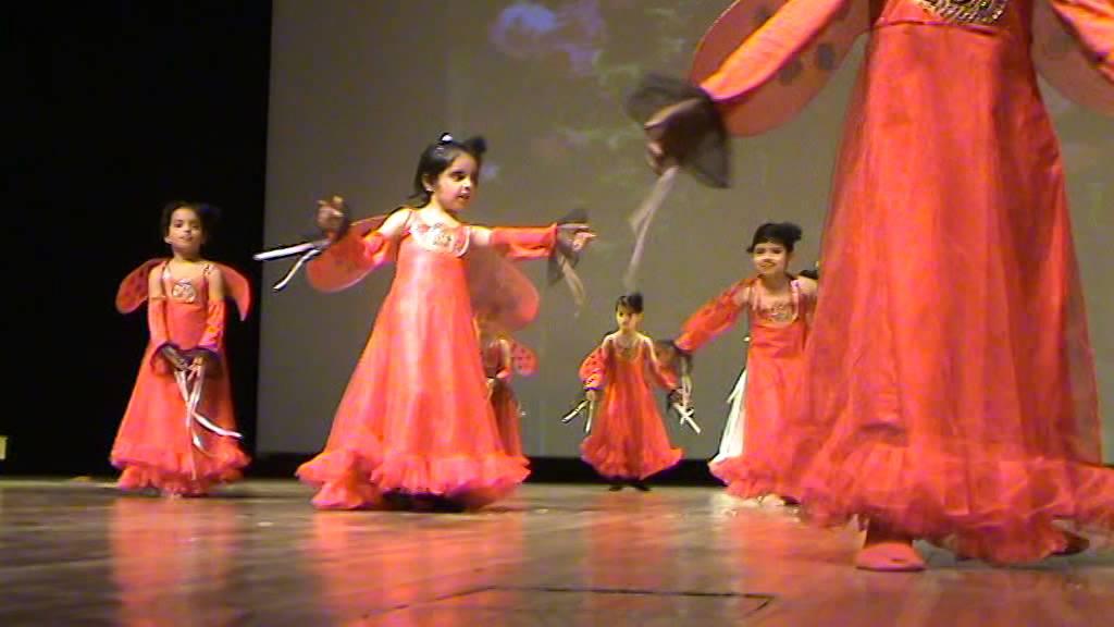 2eae71d52f41 Dil hai chhota sa...Dance performance by little cute kids - YouTube