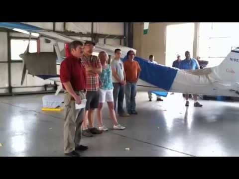 Meriden auctions off abandoned airplanes