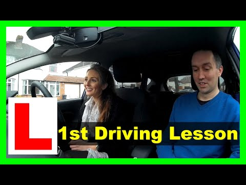 Emma's first driving lesson - Car controls and setup