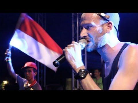 Live in Jakarta: Uwe Kaa - Aku Cinta (Indonesia) feat. Ras Muhamad & Easy Skankin´ Band