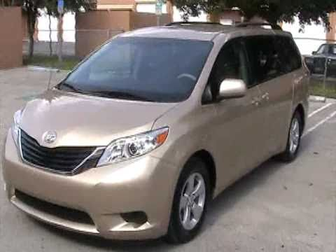 for sale 2011 toyota sienna le 8 passenger www. Black Bedroom Furniture Sets. Home Design Ideas