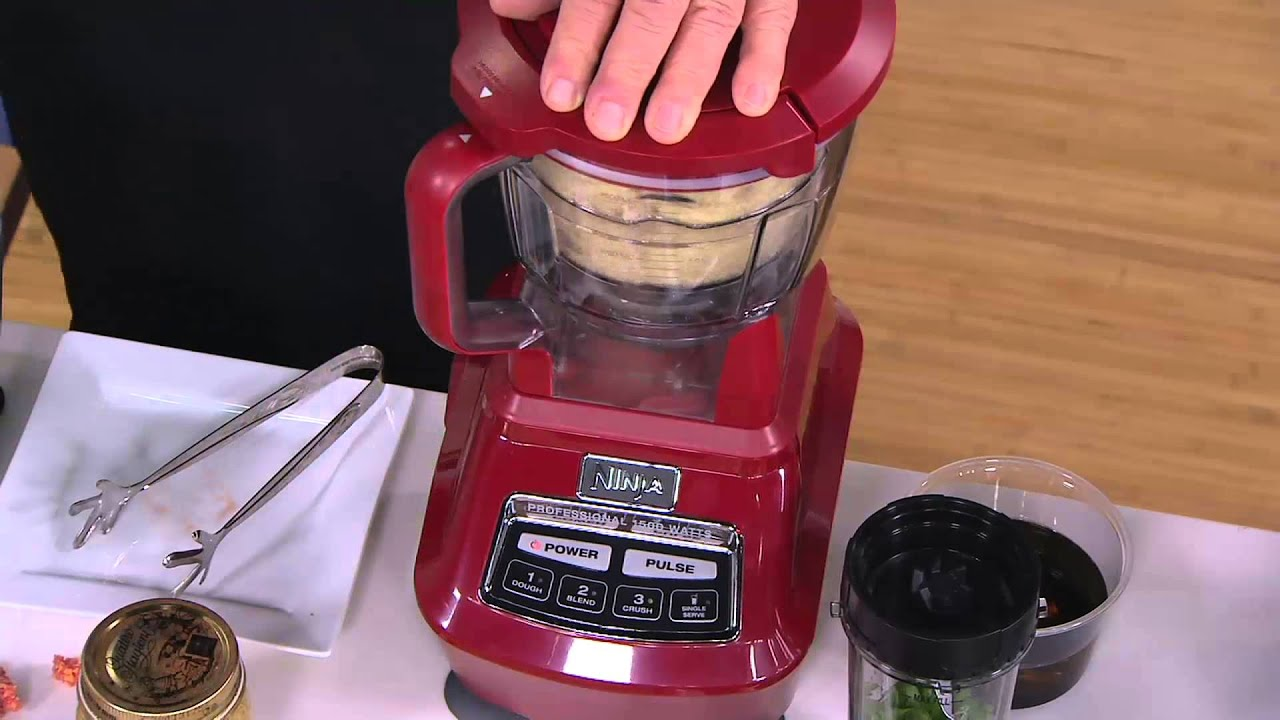 ninja 72 oz mega kitchen system with nutri ninja recipe book on