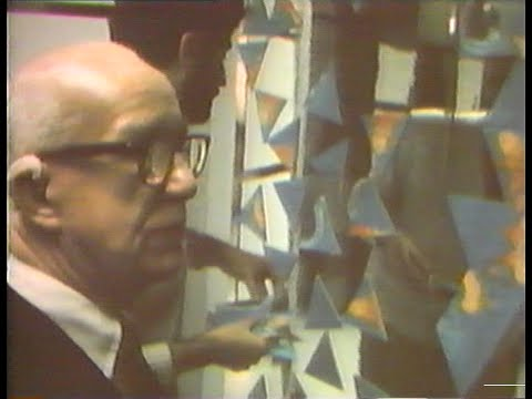 Buckminster Fuller - Spaceship Earth (1971)