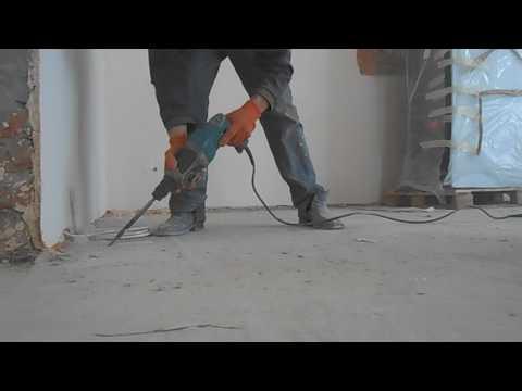 Как выбить штробу в полу