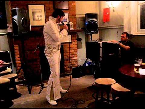 Elvis Tribute Artist Rob Hewes