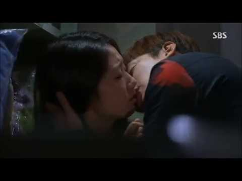 lee min ho kisses