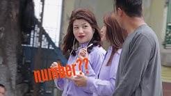 Picking up girls getting number- Darjeeling prankster