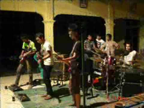 the tralizer ( stay on the line ) bondan prakoso feat fade to black
