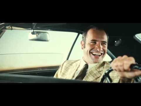 OSS 117 : Rio ne répond plus  Fou rire de Bill Tremendous en voiture