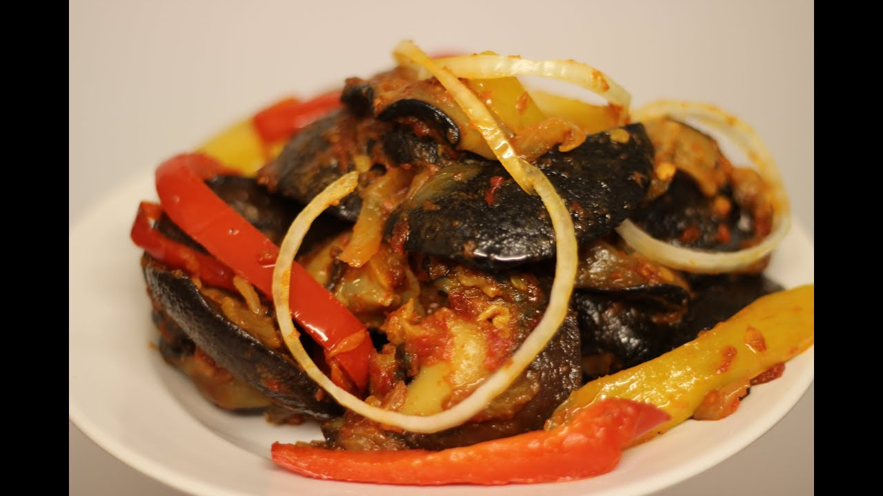 How to make a Snail Stew - African Giant Snail Recipe