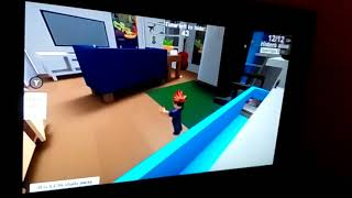 My Lilasyster plays roblox and she is good in English