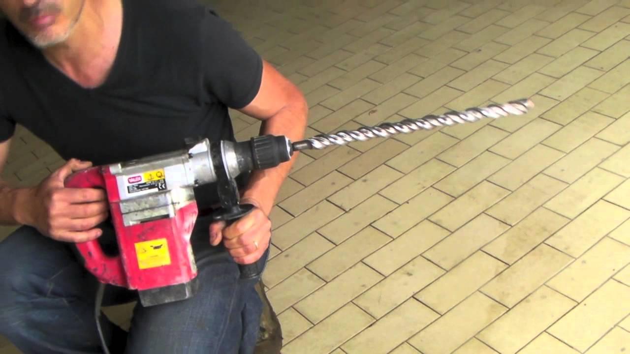 Come fare un buco nel cemento armato con il tassellatore youtube