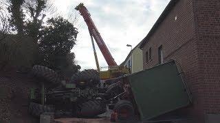 Traktor mit Hänger umgekippt - Fahrer verletzt in Bornheim-Rösberg am