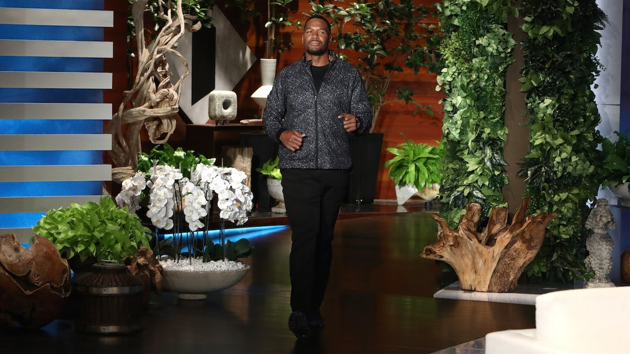 michael strahan discusses nfl national anthem protests youtube