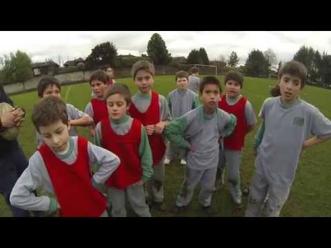 3rd Group 'Questioning' 3rd/4th Basico (U9s/U10s): The Greenhouse School, Temuco, Chile