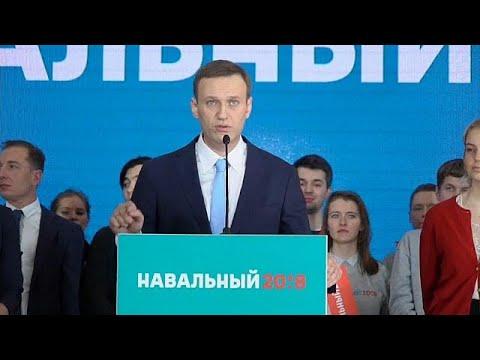 Russia: i sostenitori di Navalny in piazza per sostenere la sua candidatura