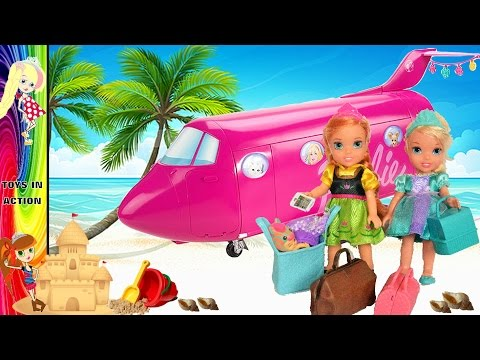 Anna and Elsa Toddlers Airplane Flight! Barbie Glamour Jet! Beach Vacation! Toys Dolls Go on Holiday