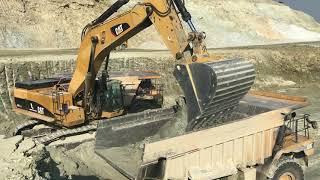 Cat 385C Excavator Loading Cat Dumpers And Trucks - Kivos Ate