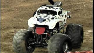 Monster Jam - Monster Mutt Dalmatian Monster Truck Invades Angel Stadium