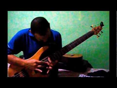 BACH - BOUREE in E minor - Bass guitar - Sergio Dinarte