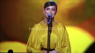 """Sofia Carson """"Yerbatero"""" Homenaje a Juanes Las Vegas"""