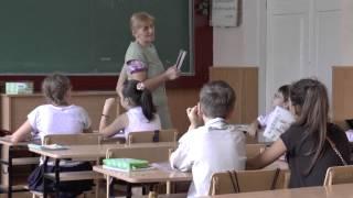 Донецкий лицей №1 Донецкие школьники не сидят в подвалах, а учатся!