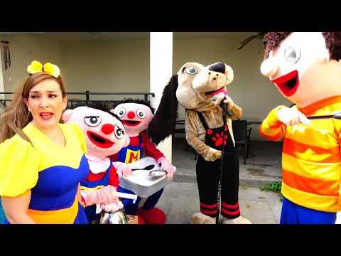 Beto, Miguelito, Miguelita, hasta perron forman una banda de música muy ruidosa- El show Bely y Beto